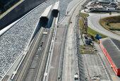 De l'élasticité pour la voie sur dalle du tunnel de base du Saint-Gothard