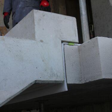 Lagerung von Treppen und Podesten