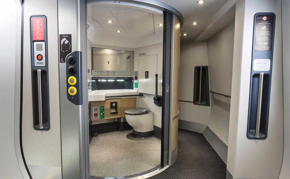 Hitachi Class800 series - Universal Access Toilet