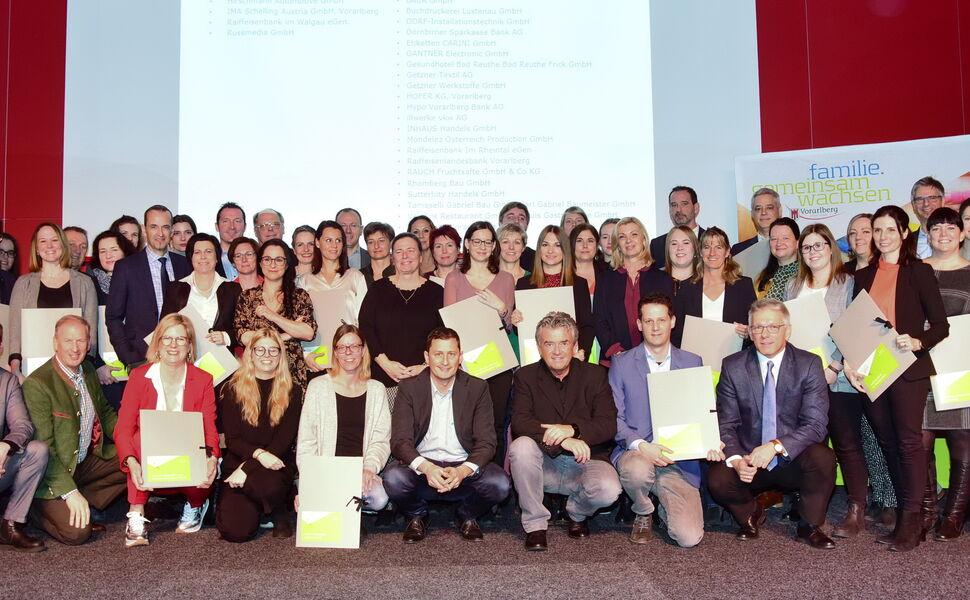 Verleihung Familienfreundlich Betrieb 2020-2021