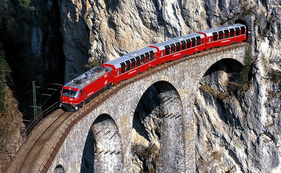 Rhätische-Bahn1